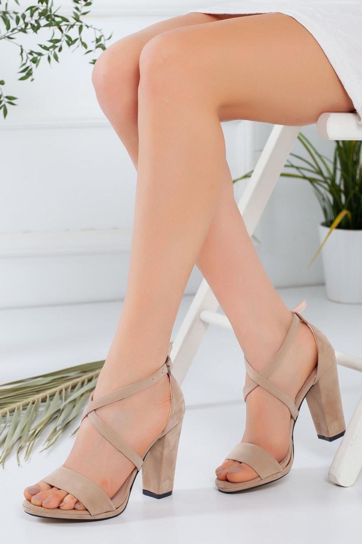 Kadın Aver Bej Topuklu Ayakkabı