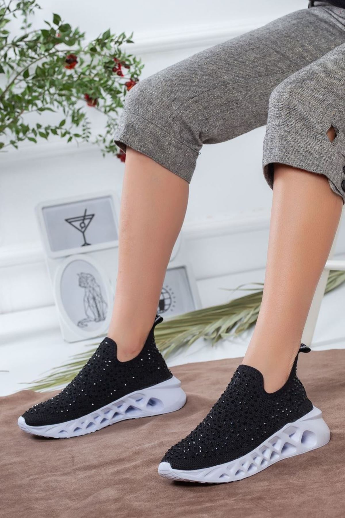 Kadın Alora Triko Taş Detay Kalın Taban Spor Ayakkabı Siyah