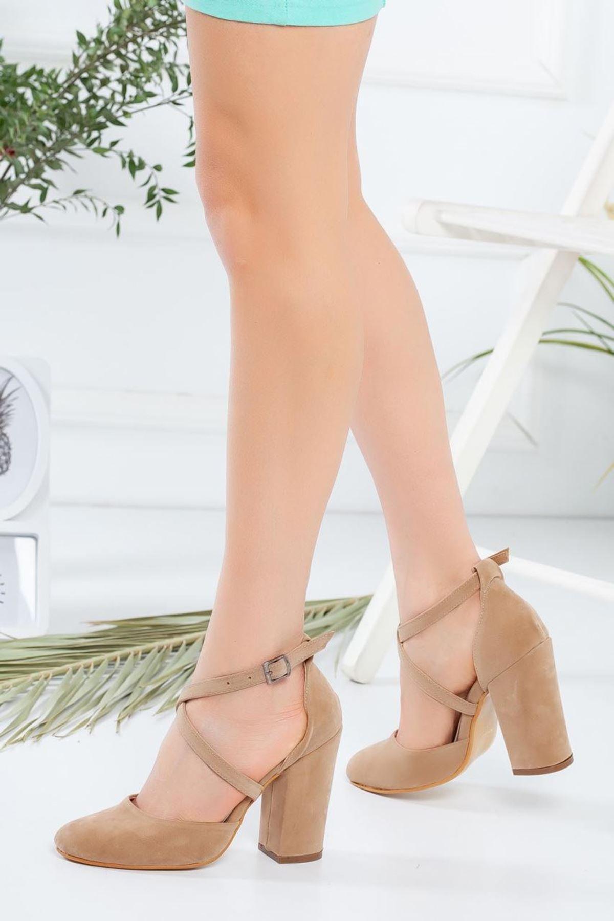 Kadın Zine Bej Topuklu Ayakkabı