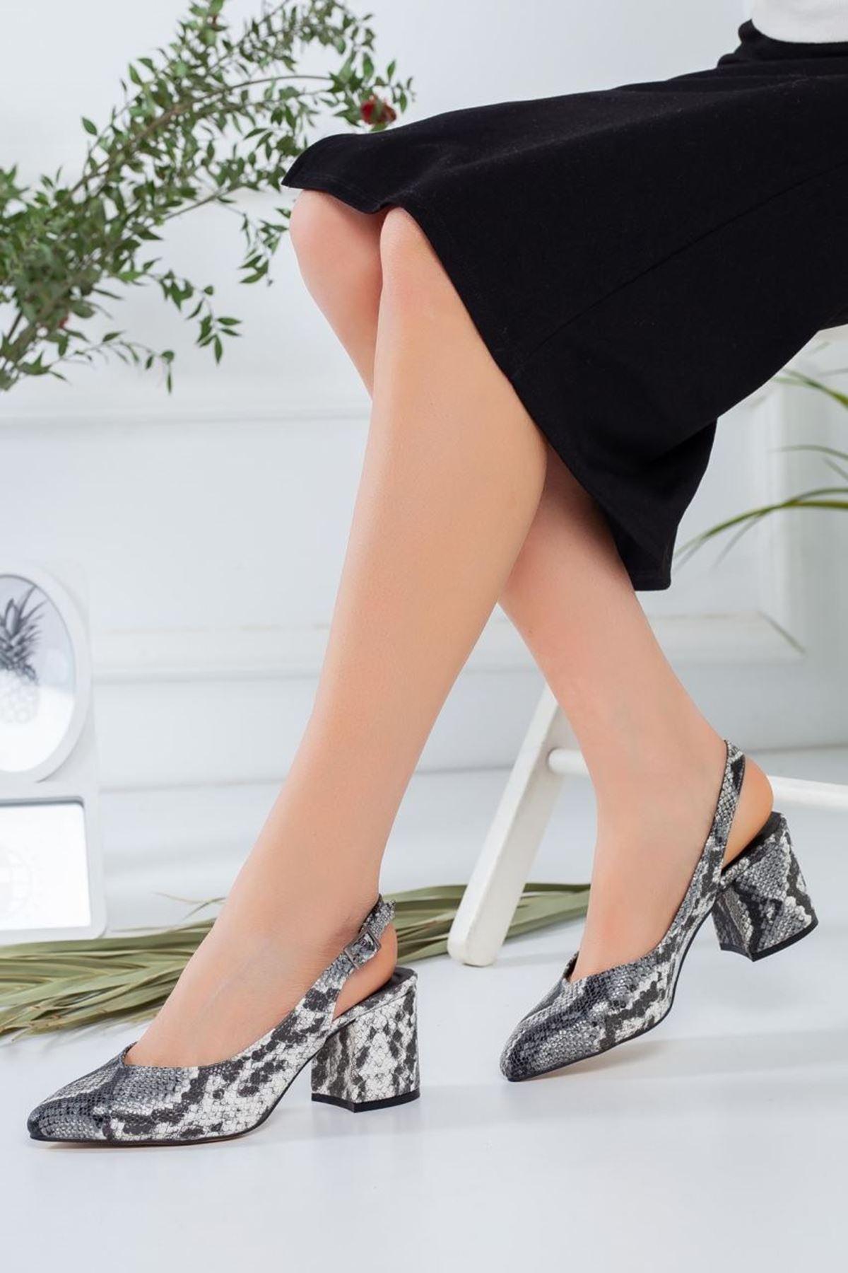 Kadın Porter Yılan Desenli Kısa Topuklu Ayakkabı
