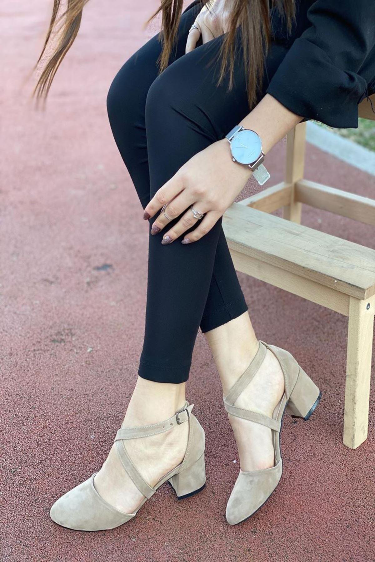 Kadın Albe Ten Süet Hafif Topuklu Ayakkabı