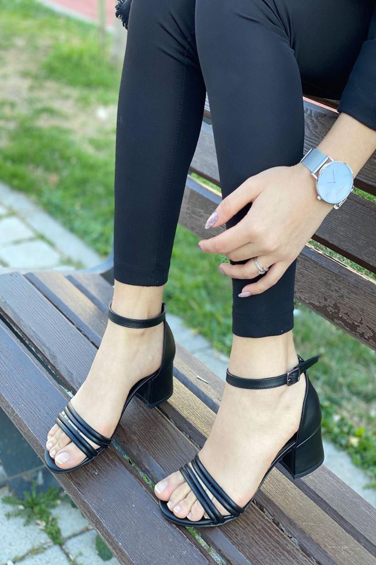Kadın Natin Mat Deri Siyah Hafif Topuklu Ayakkabı