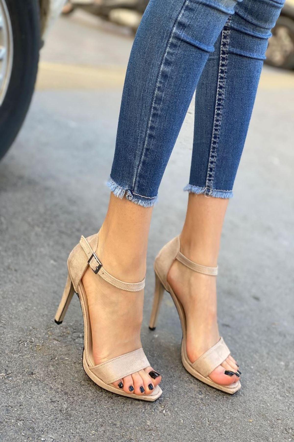 Kadın Janus Bej Topuklu Ayakkabı