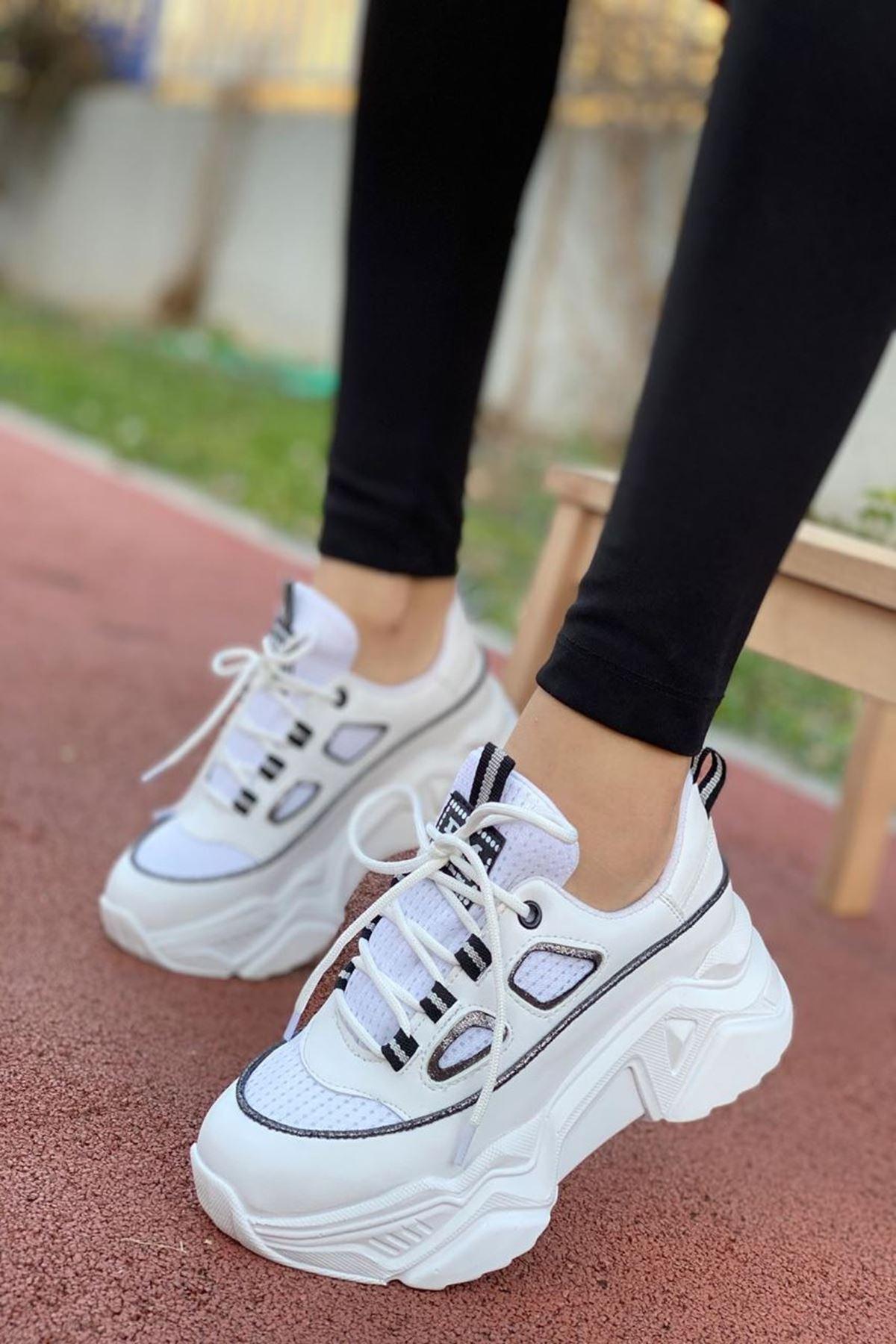 Kadın Skol  Sneakers Ayakkabı Beyaz Siyah
