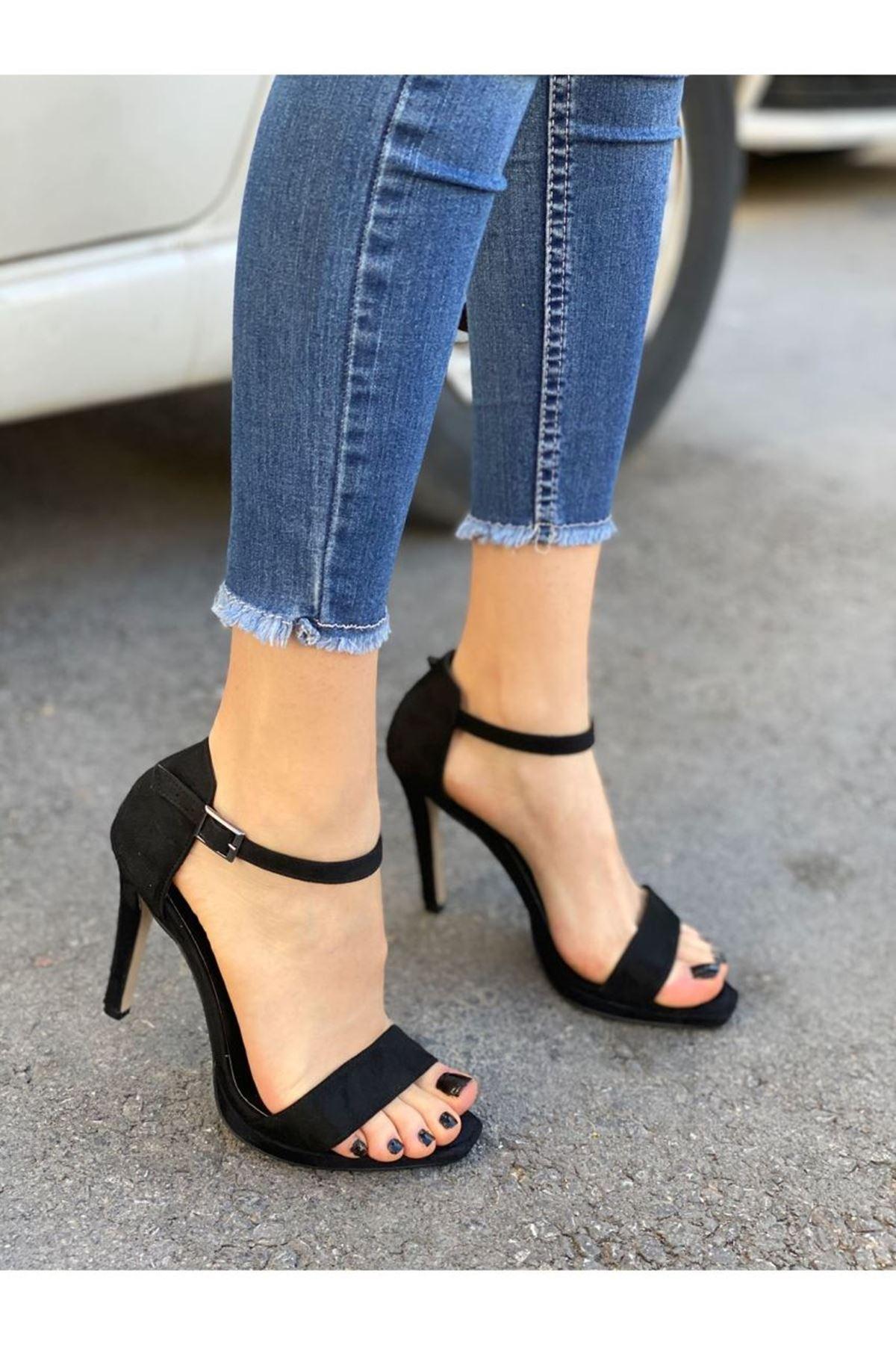 Kadın Janus  Siyah Süet Topuklu Ayakkabı