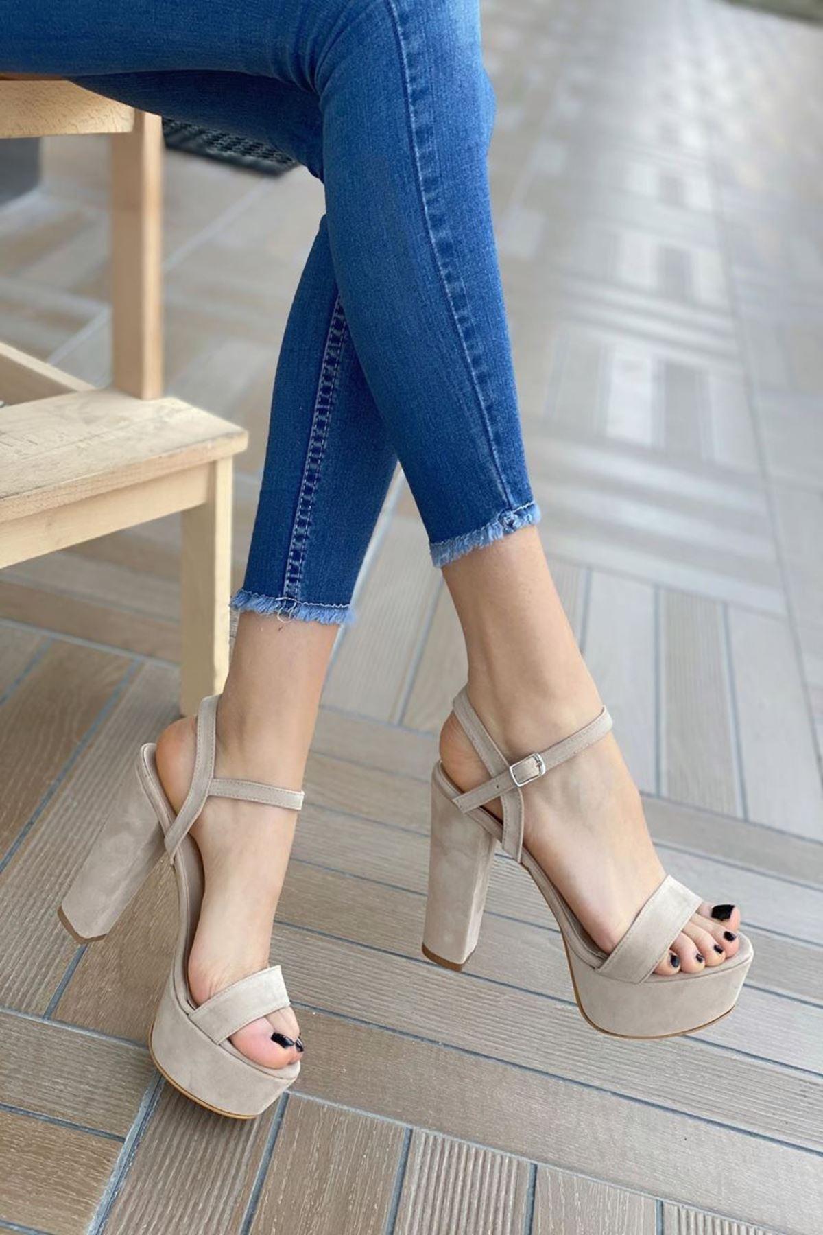 Kadın Grena Bej Topuklu Ayakkabı