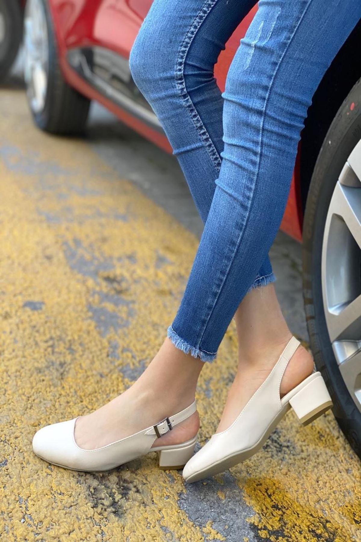 Kadın Merine Bej Deri Kısa Topuklu Ayakkabı