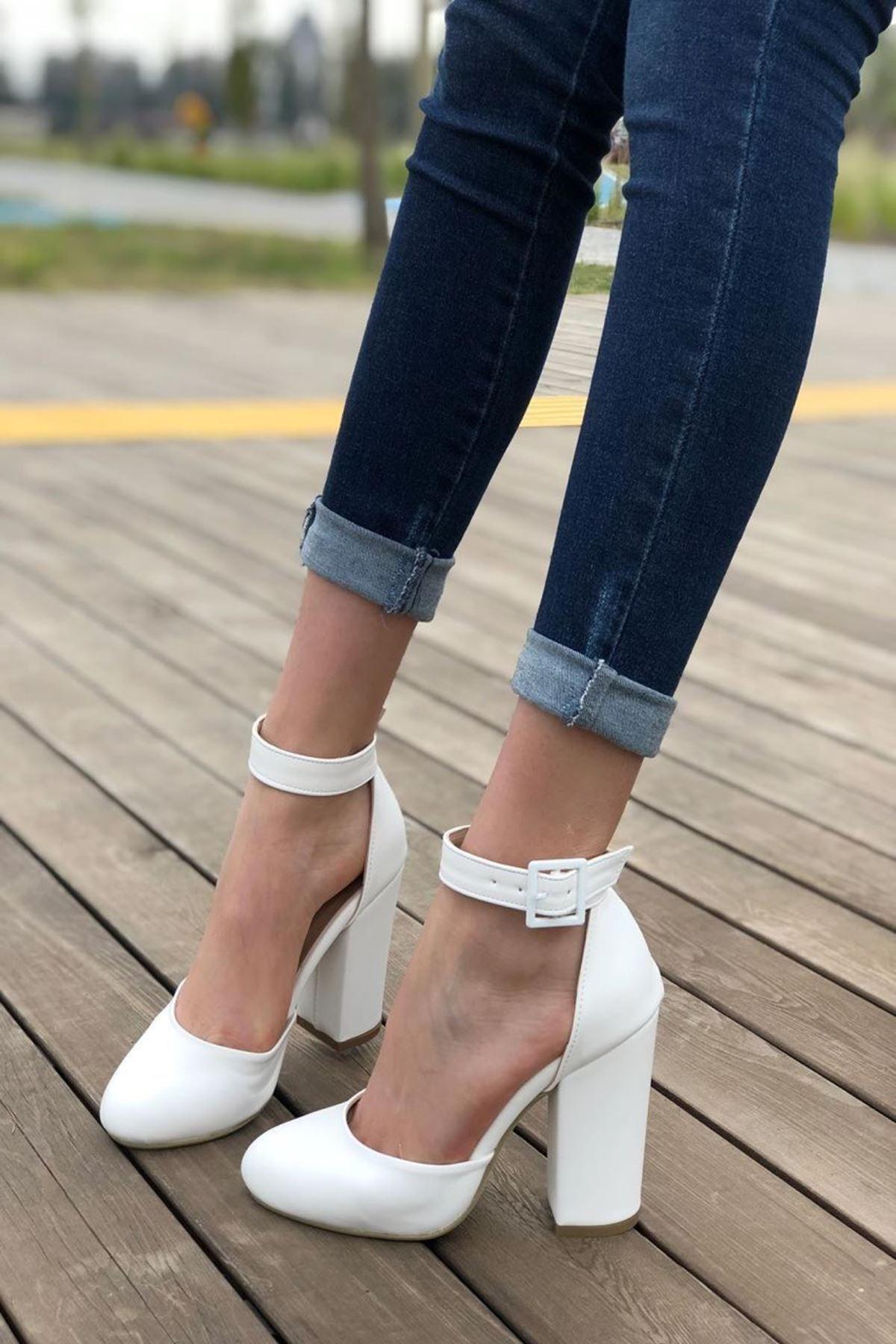 Kadın Berland Beyaz Topuklu Ayakkabı