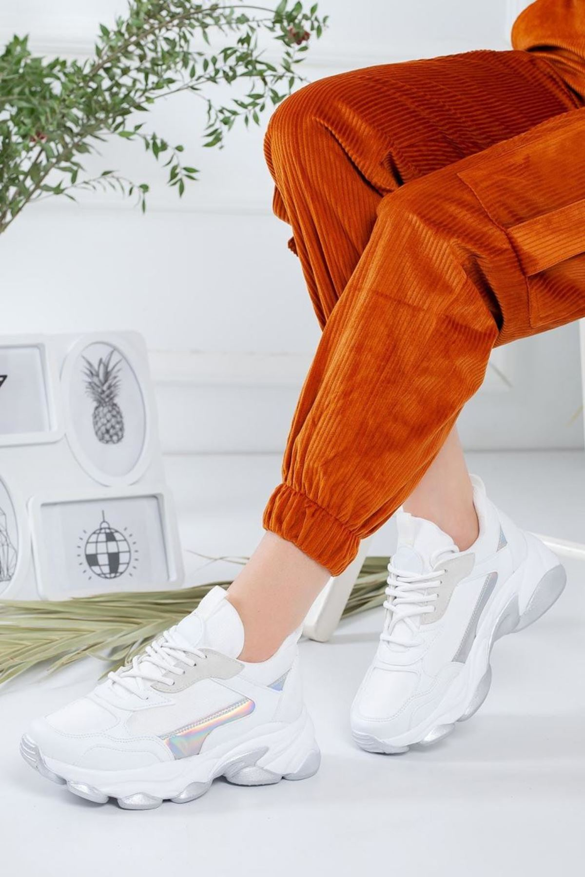 Kadın Reborn Beyaz Sneakers Ayakkabısı