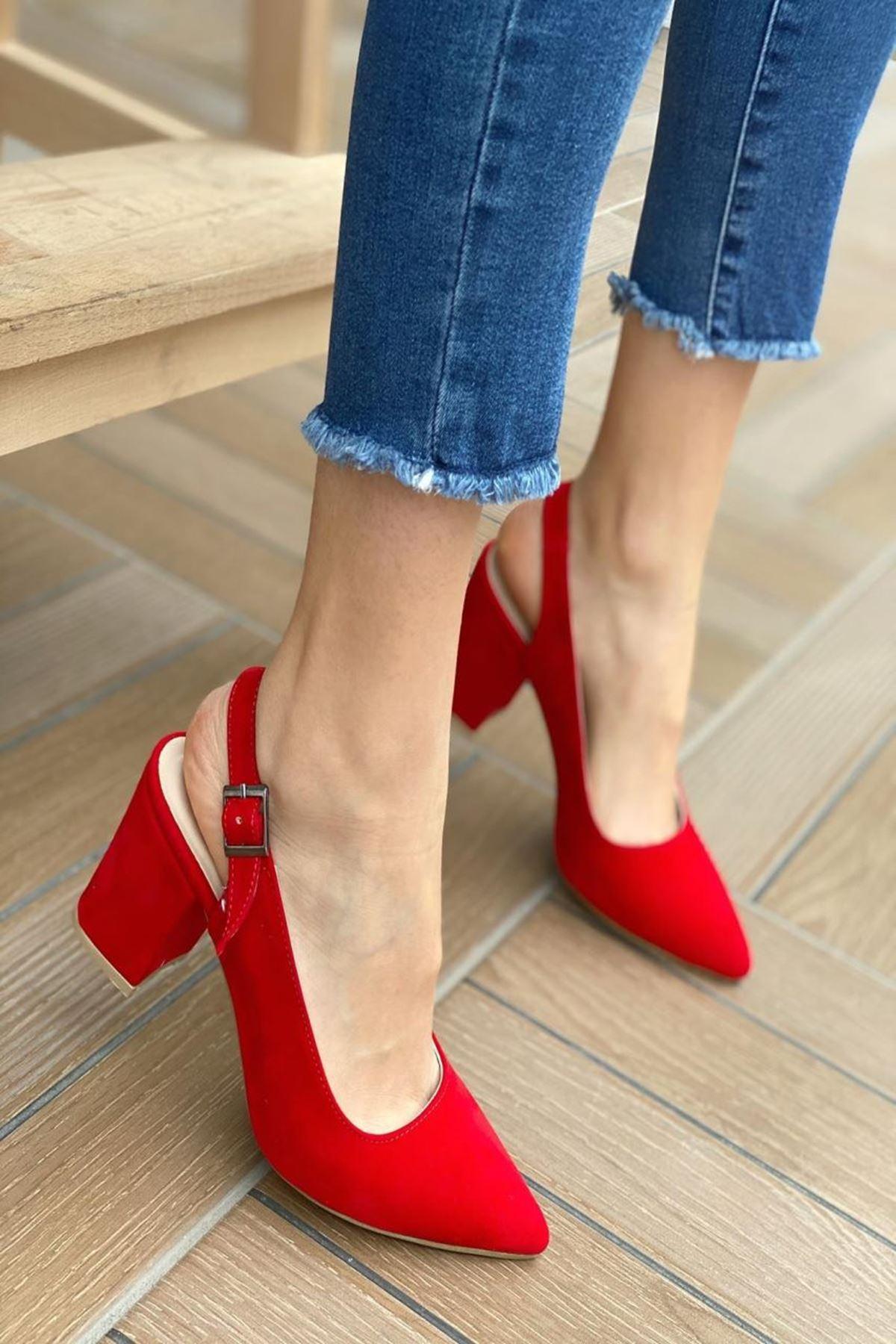 Kadın Varen Kırmızı Süet Topuklu Ayakkabı