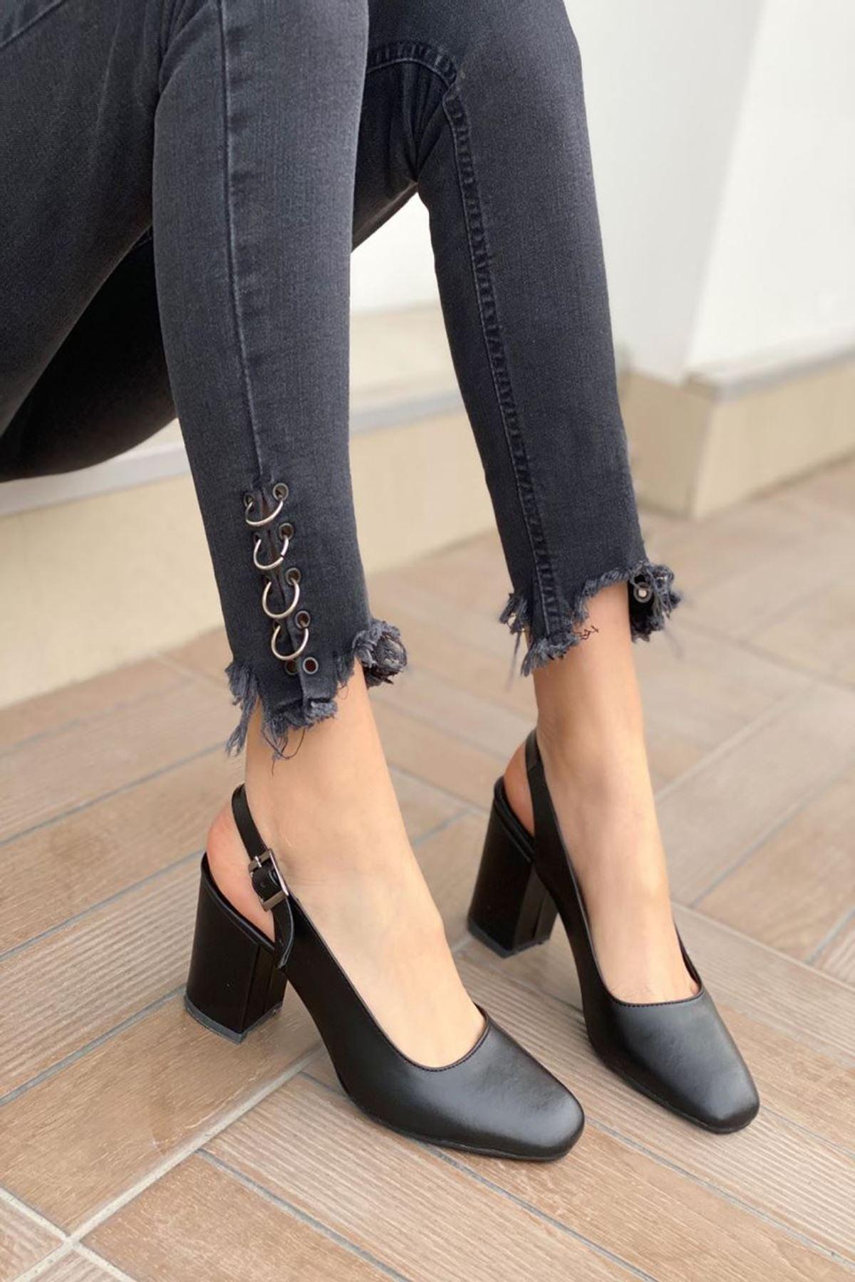 Kadın Volsa Siyah Deri Topuklu Ayakkabı