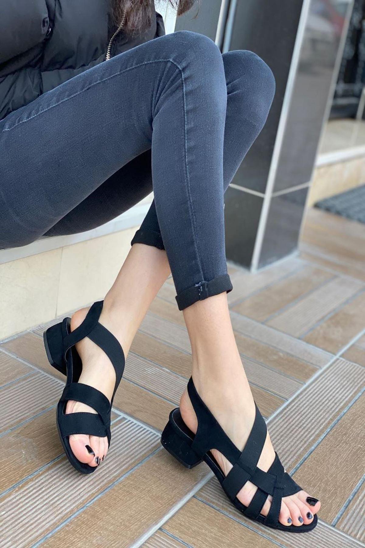 Kadın Nedra Siyah Süet Kısa Topuklu Ayakkabı