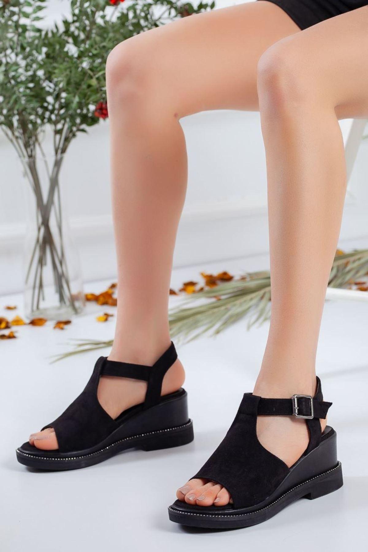 Kadın Karmin Süet Dolgu Topuk Sandalet Siyah