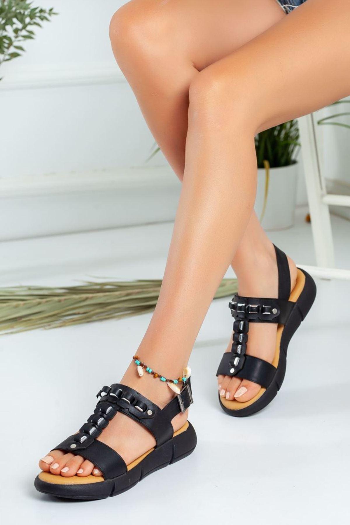 Kadın Latina Kemerli Sandalet Siyah