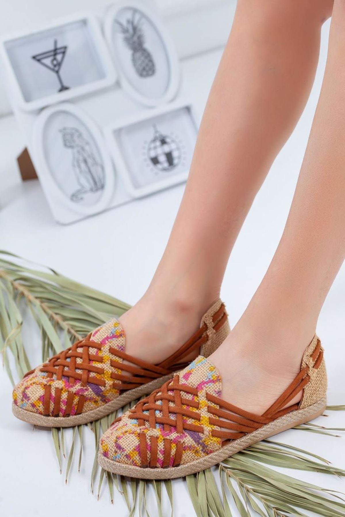 Kadın Atlas Renkli Hasır Günlük Ayakkabı