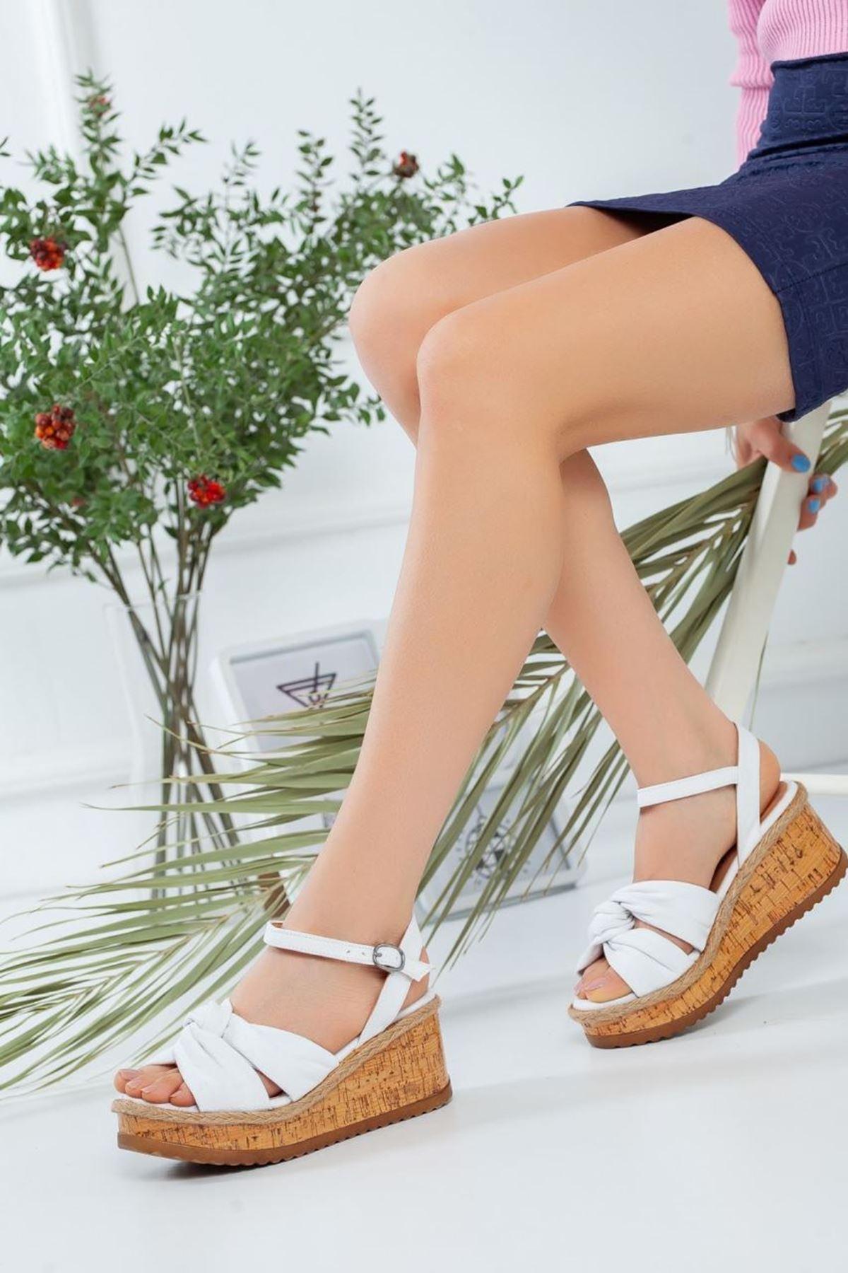 Kadın Tarsa Beyaz Sandalet