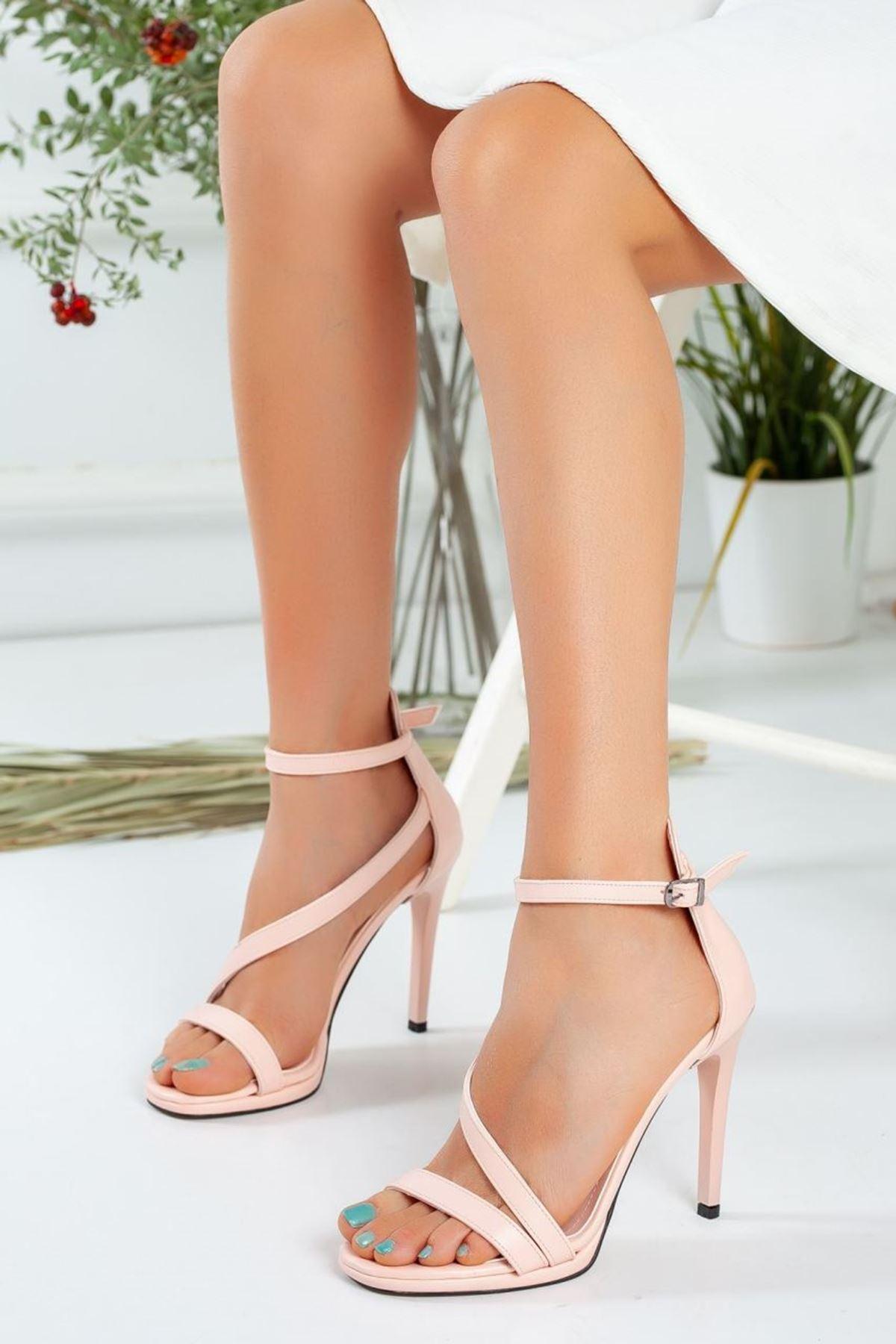 Kadın Camils Çapraz Bant Detayı Yüksek Topuklu Ayakkabı Mat Derİ Pudra