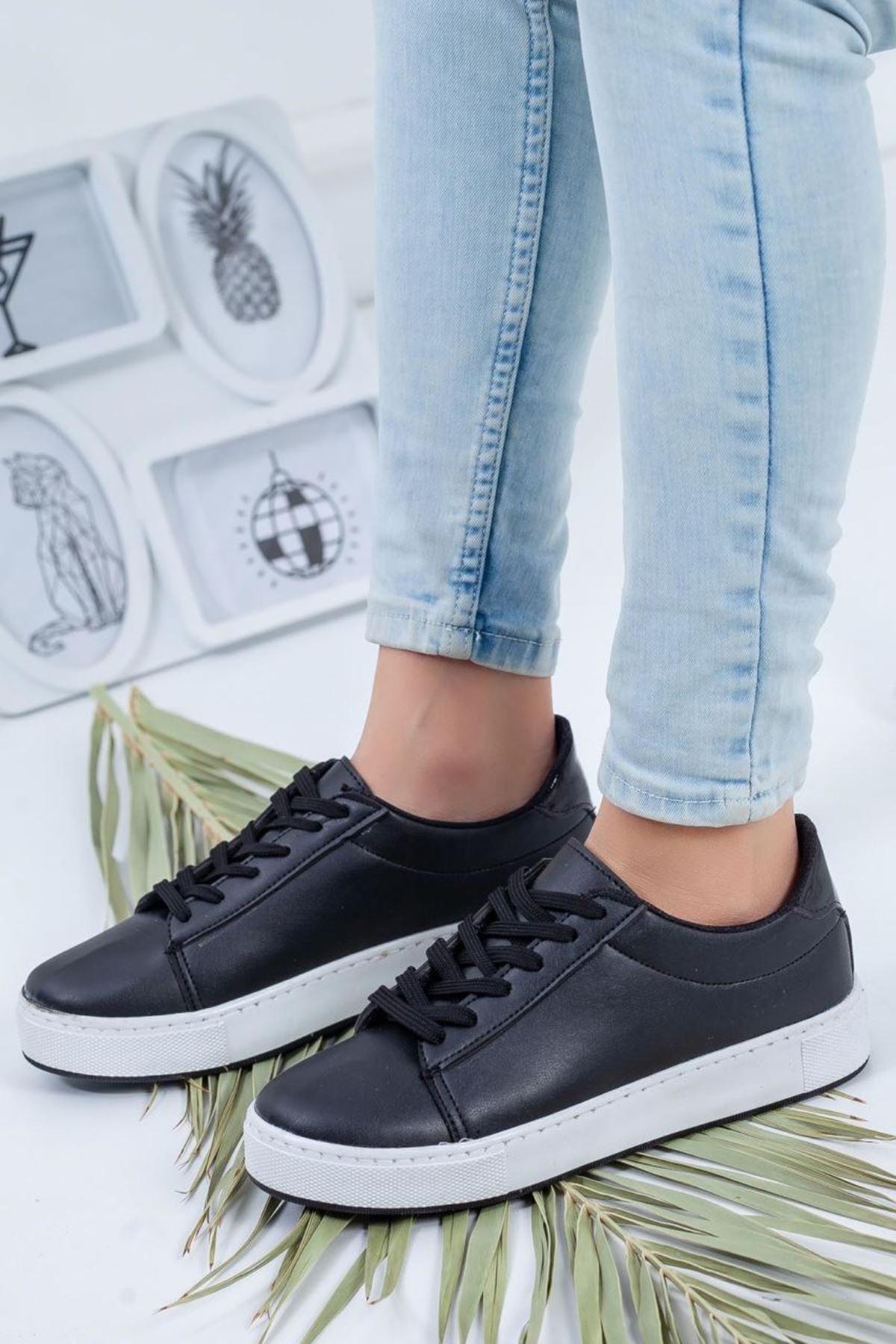 Kadın Dafne Siyah Günlük Ayakkabı