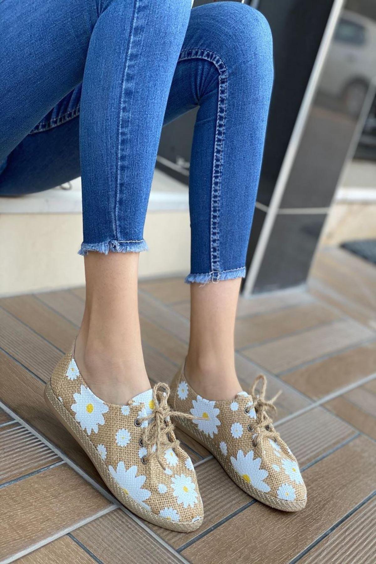 Kadın Tolero Papatya Desen Günlük Ayakkabı