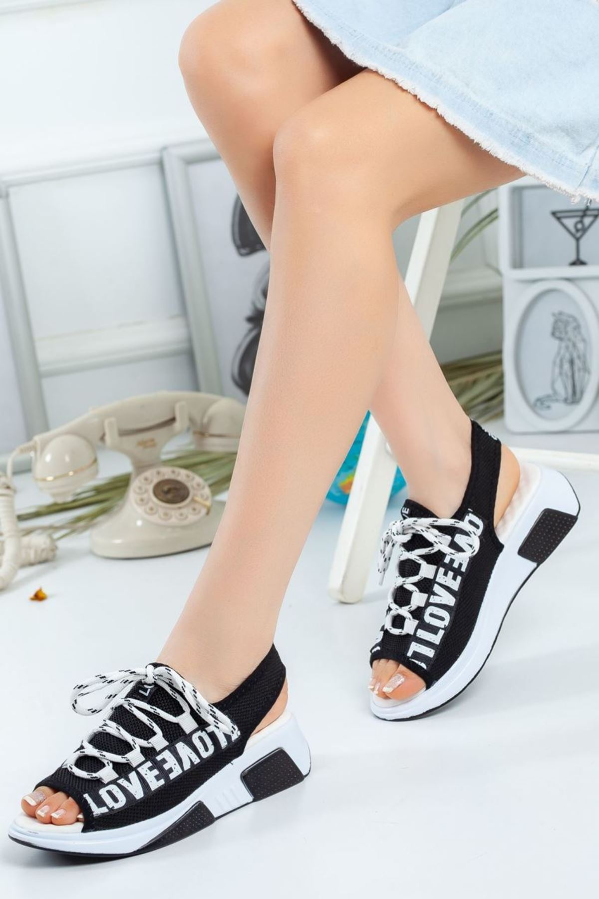 Kadın Love Sandalet Siyah