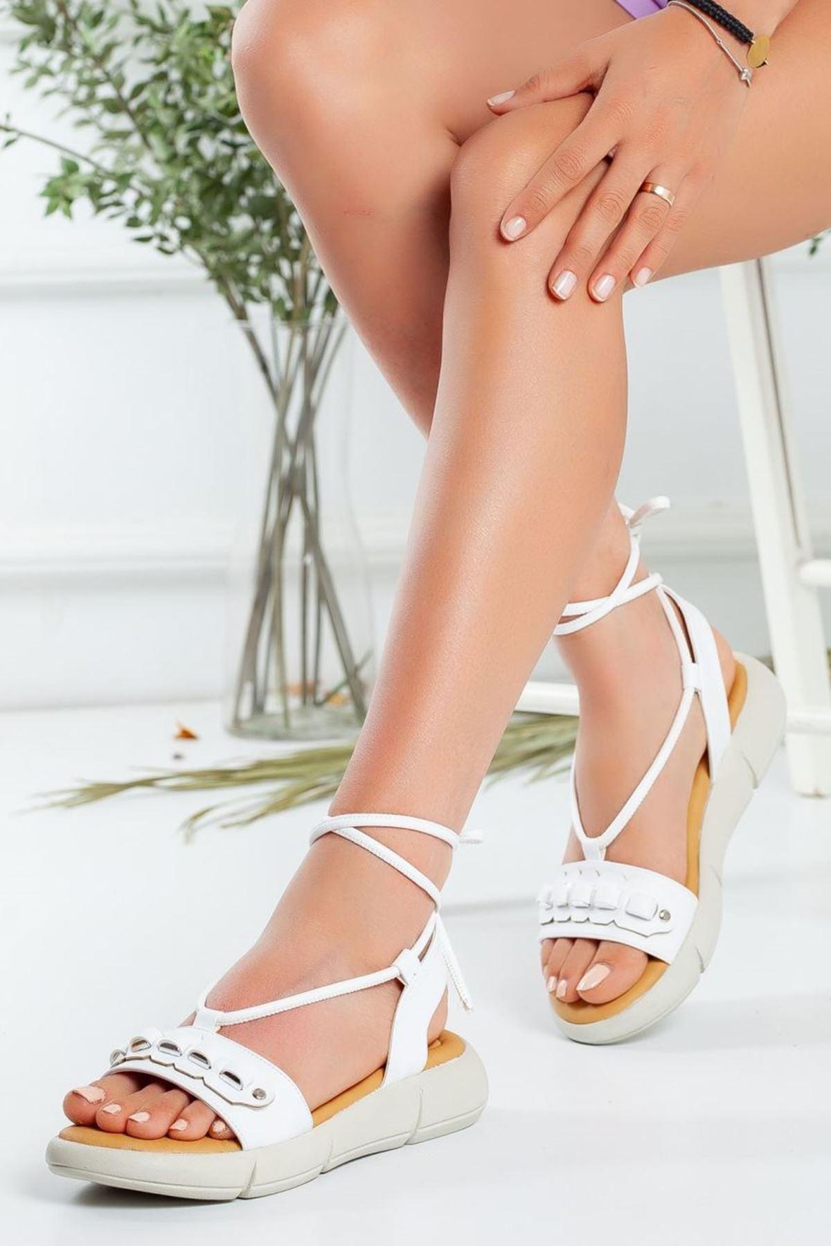 Kadın Harvi Bağcıklı Sandalet Mat Deri Beyaz
