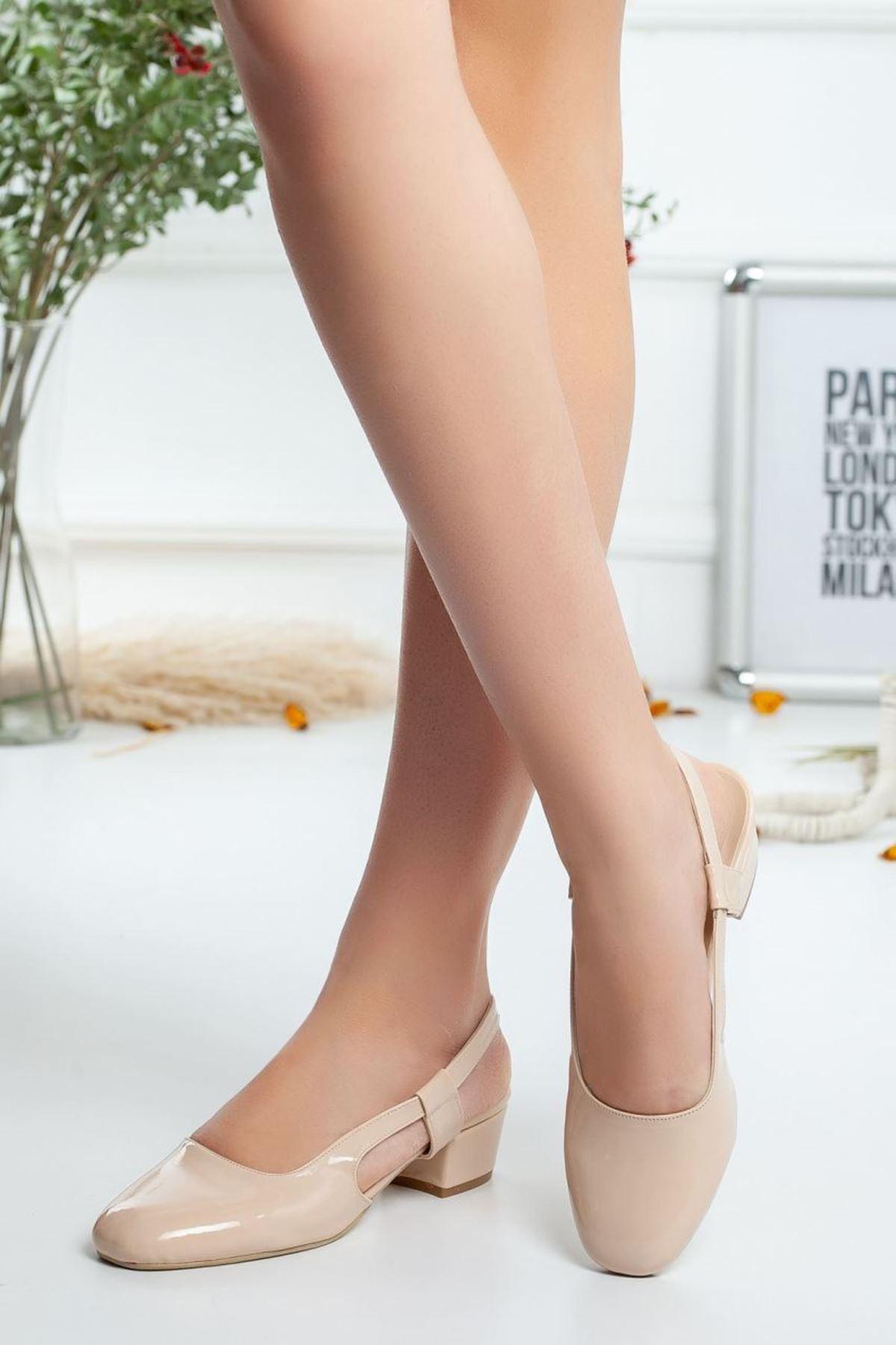 Kadın Edis Kısa Topuklu Ayakkabı Rugan Bej