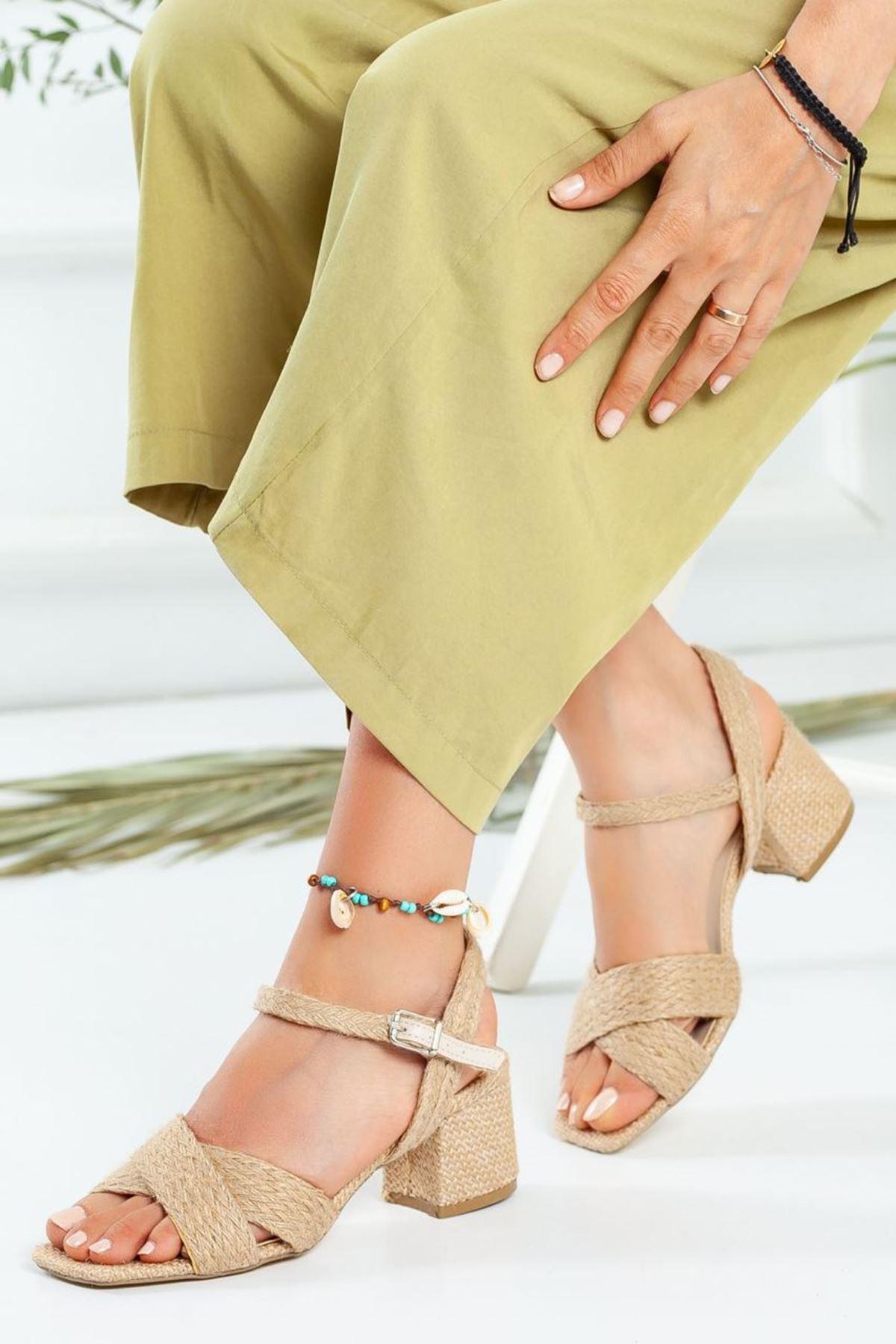 Kadın Boten Kısa Topuklu Ayakkabı Hasır