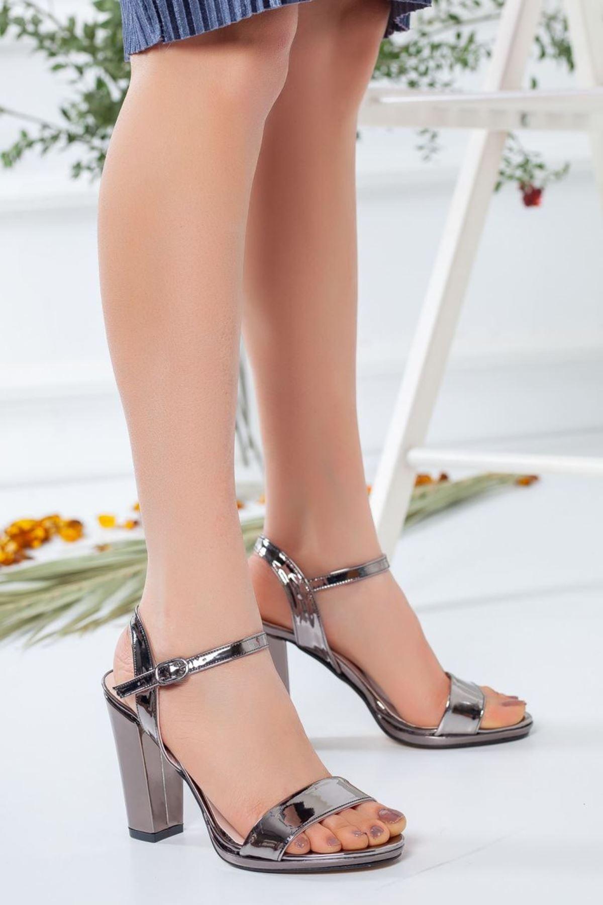 Kadın Enigma Topuklu Ayakkabı Platin