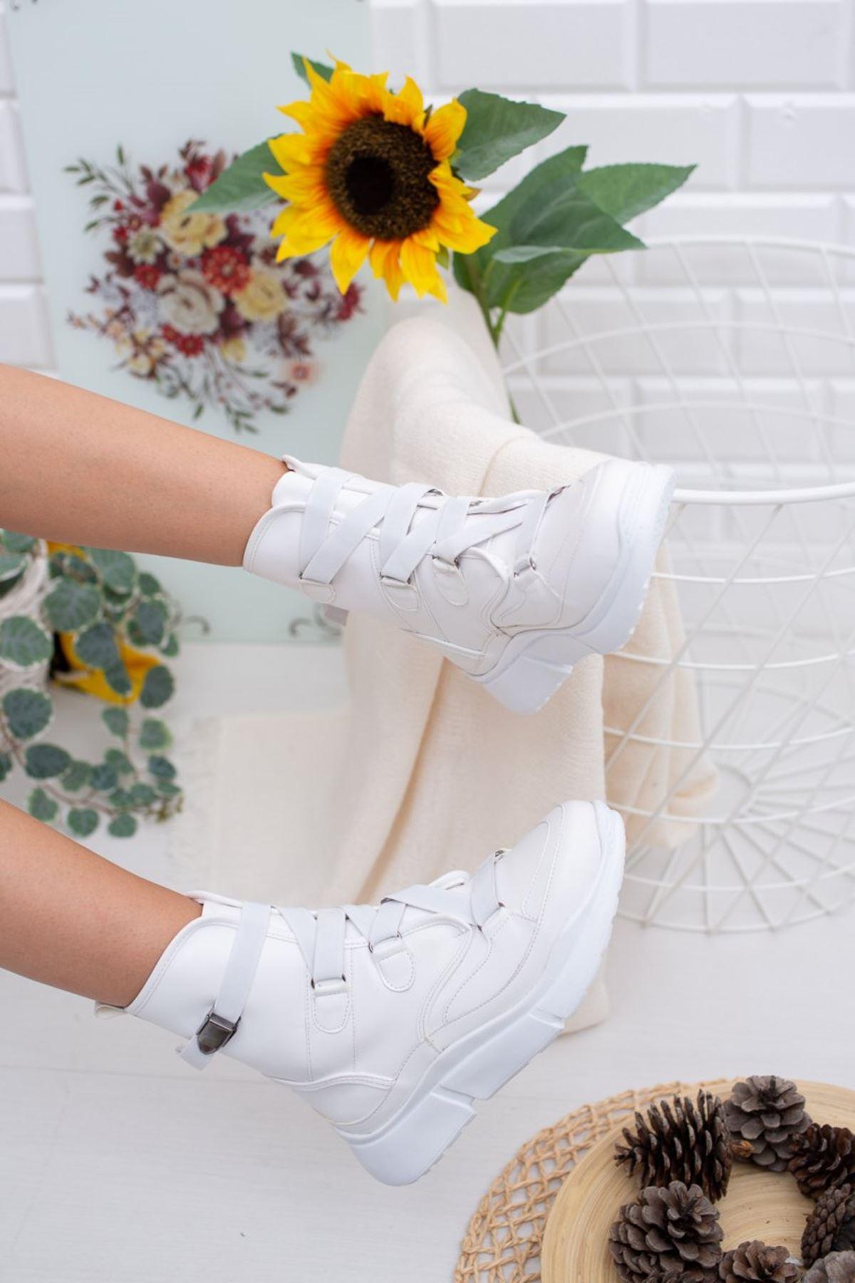 Kadın April Lastik Detay Mat Deri Beyaz Bot