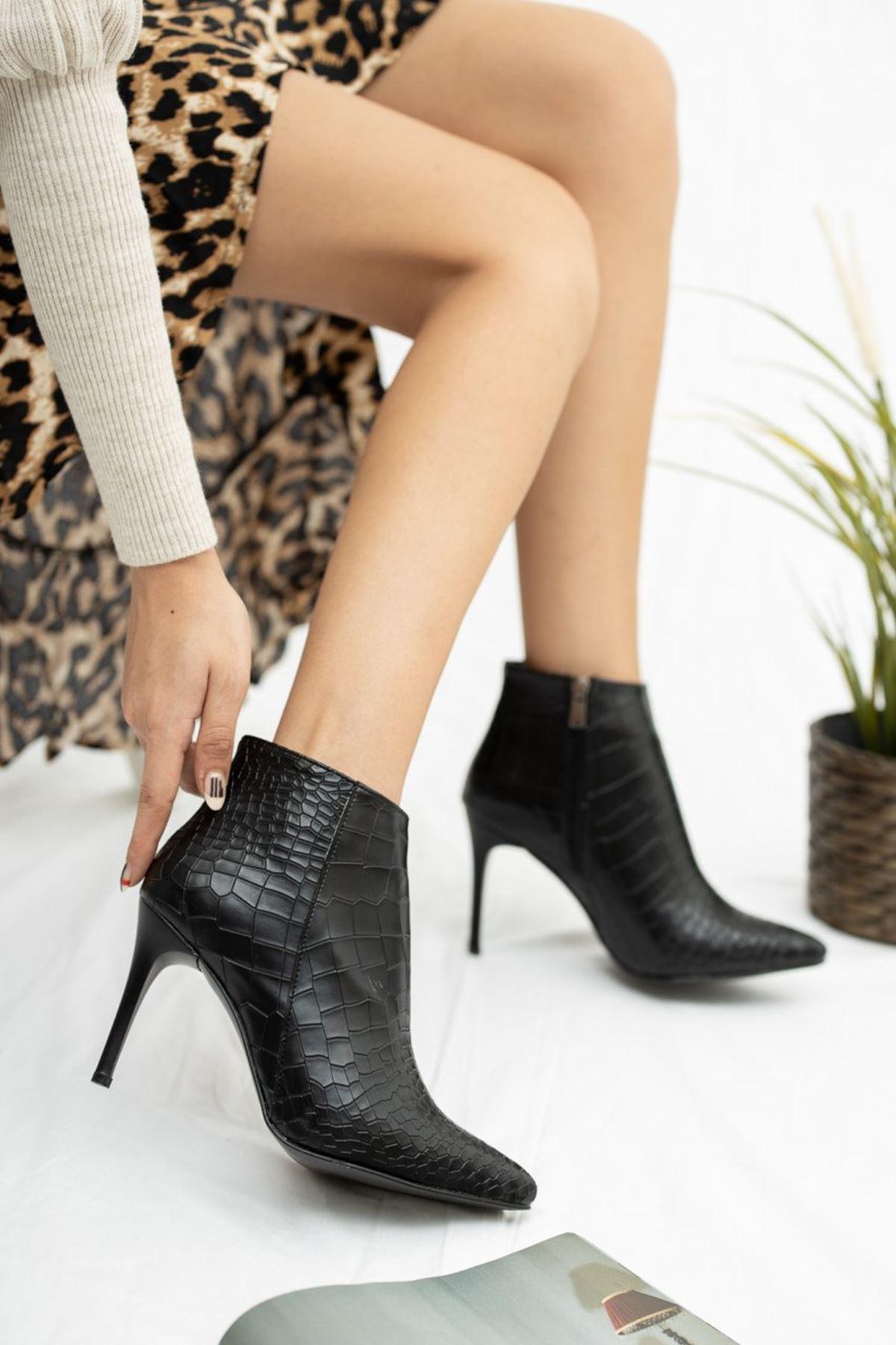 Kadın İkon İnce Topuk Mat Deri Siyah Kroko Bot