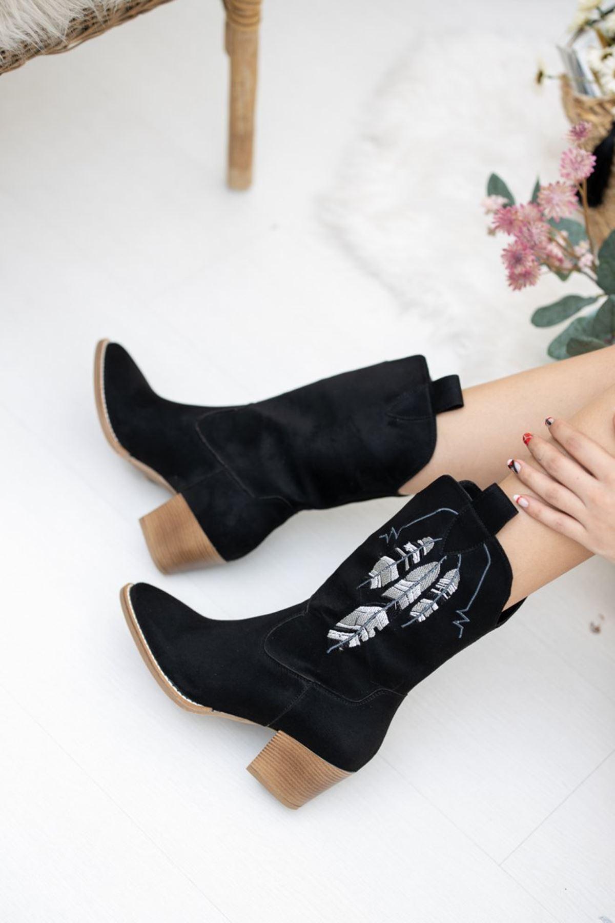 Kadın Piko Nakış Detay Kısa Topuk Kovboy Siyah Süet Çizme