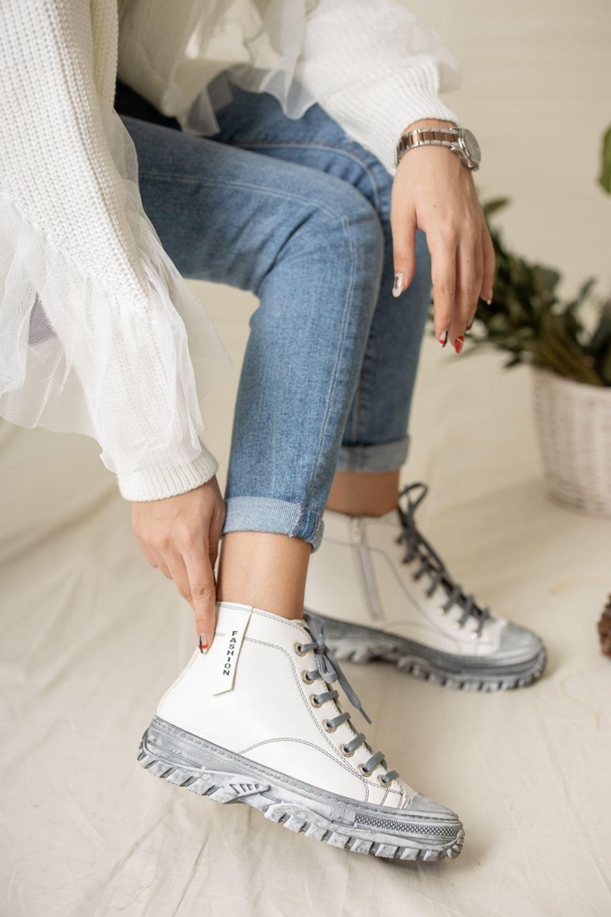 Kadın Mexes Mat Deri Bağcıklı Beyaz Bot