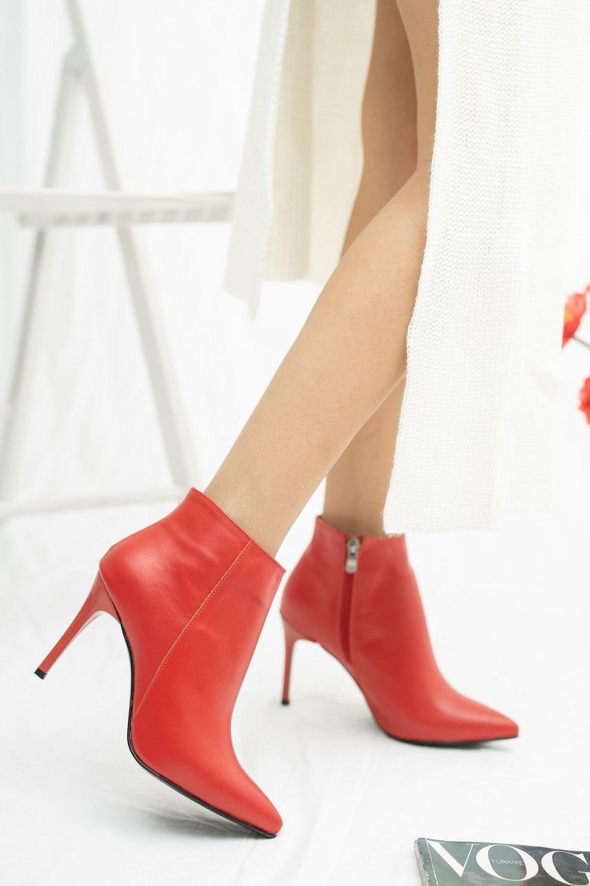 Kadın İkon İnce Topuk Mat Deri Kırmızı Bot