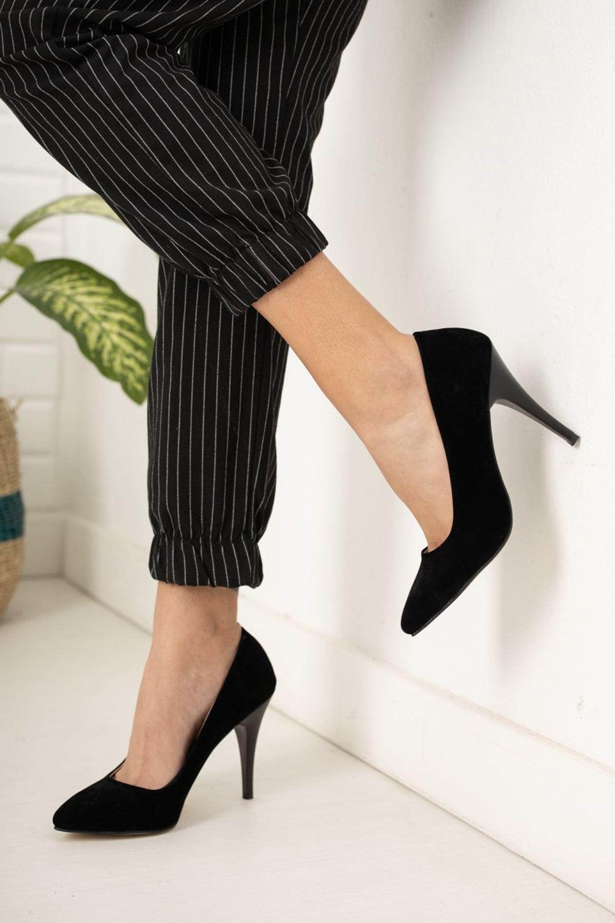 Kadın Ages Yüksek Topuklu Siyah Süet Stiletto