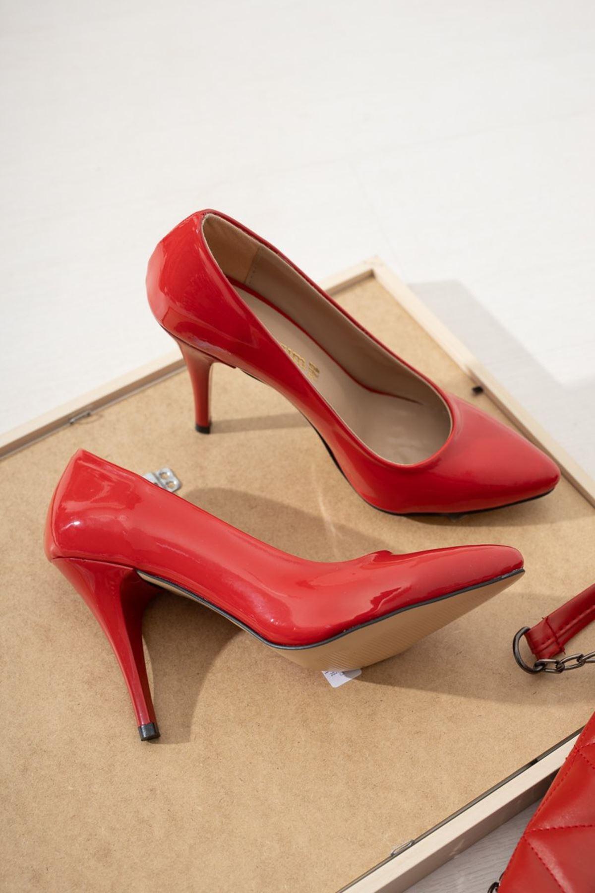 Kadın Ages Yüksek Topuklu  Kırmızı Rugan Stiletto