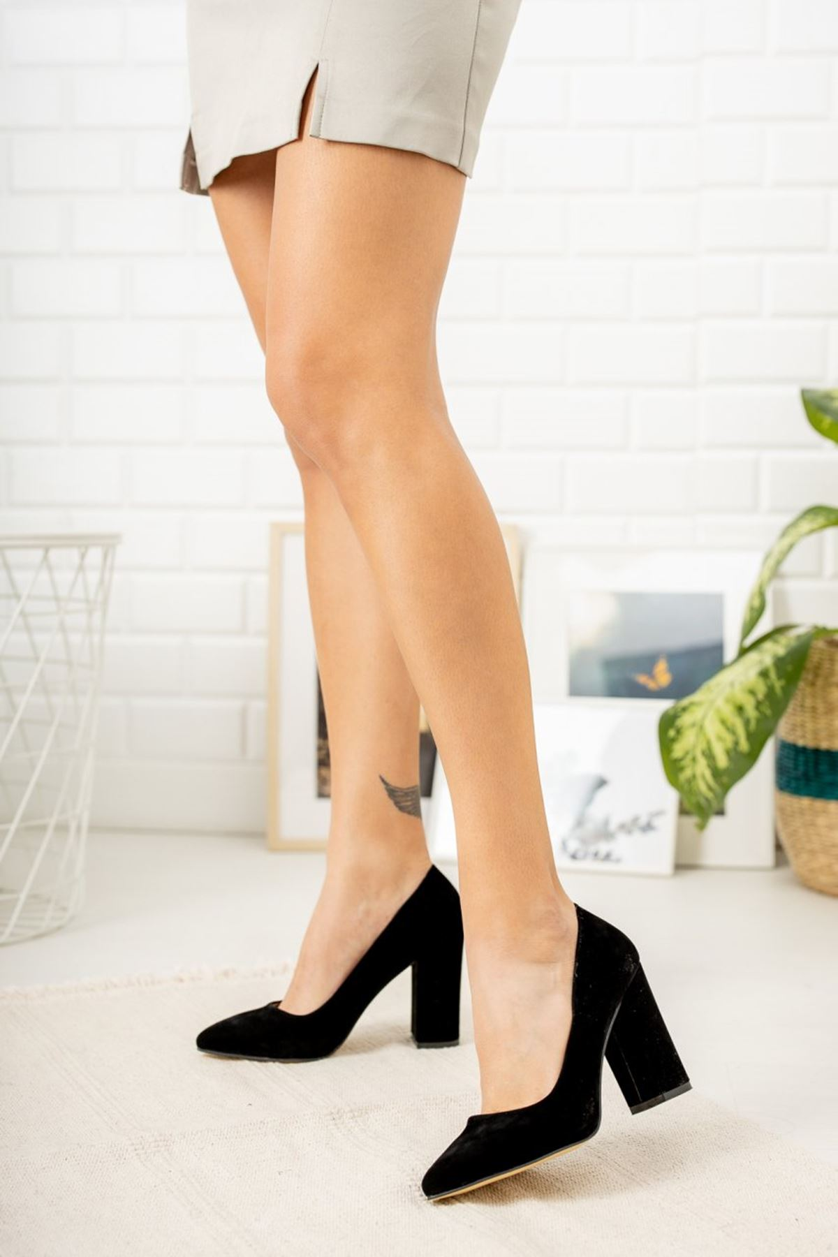 Kadın Kalvi Kalın Topuk Siyah Süet Stiletto