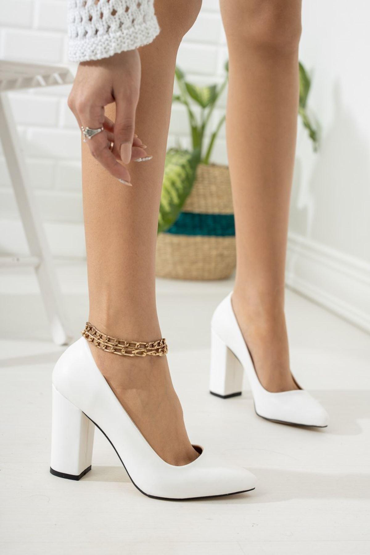 Kadın Kalvi Kalın Topuk Mat Deri Beyaz Stiletto
