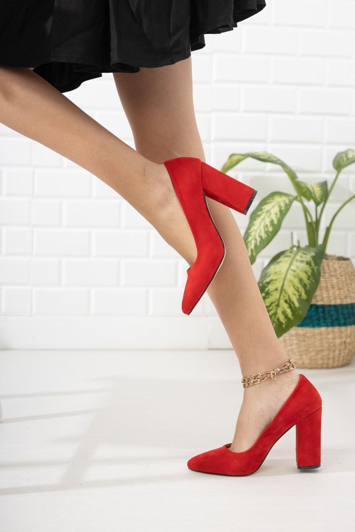 Kadın Kalvi Kalın Topuk Kırmızı Süet Stiletto