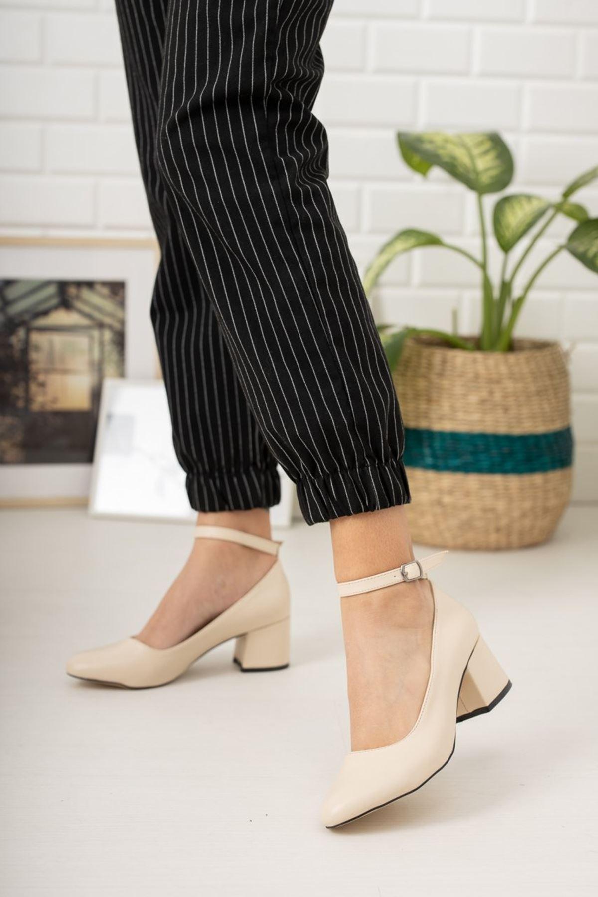 Kadın Barelo Ten Deri Kısa Topuklu Ayakkabı