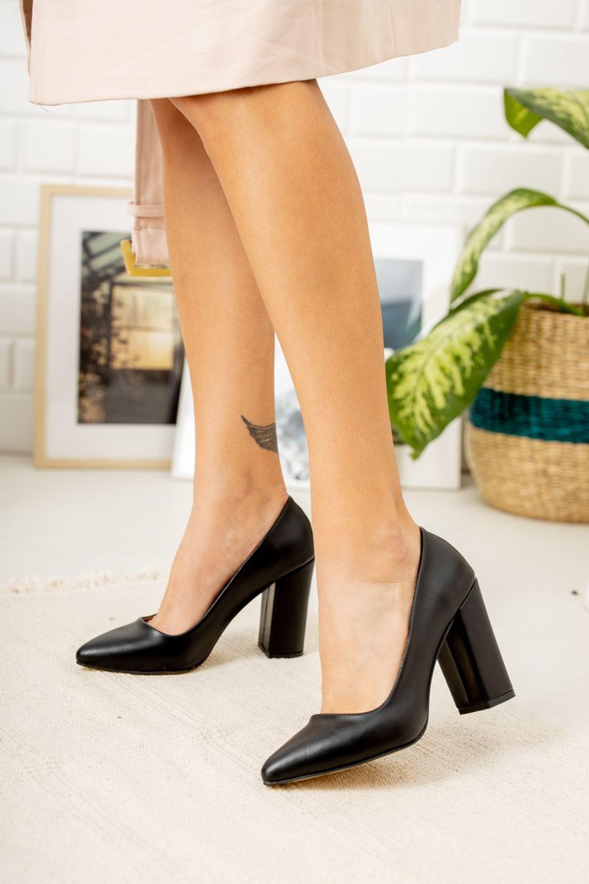 Kadın Kalvi Kalın Topuk Mat Deri Siyah Stiletto