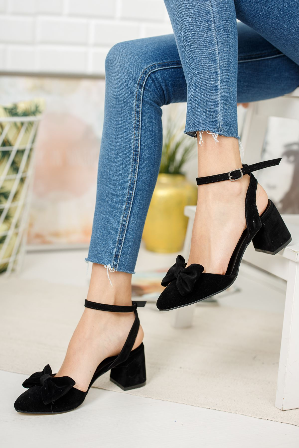 Kadın Hilemo Siyah Süet Topuklu Ayakkabı