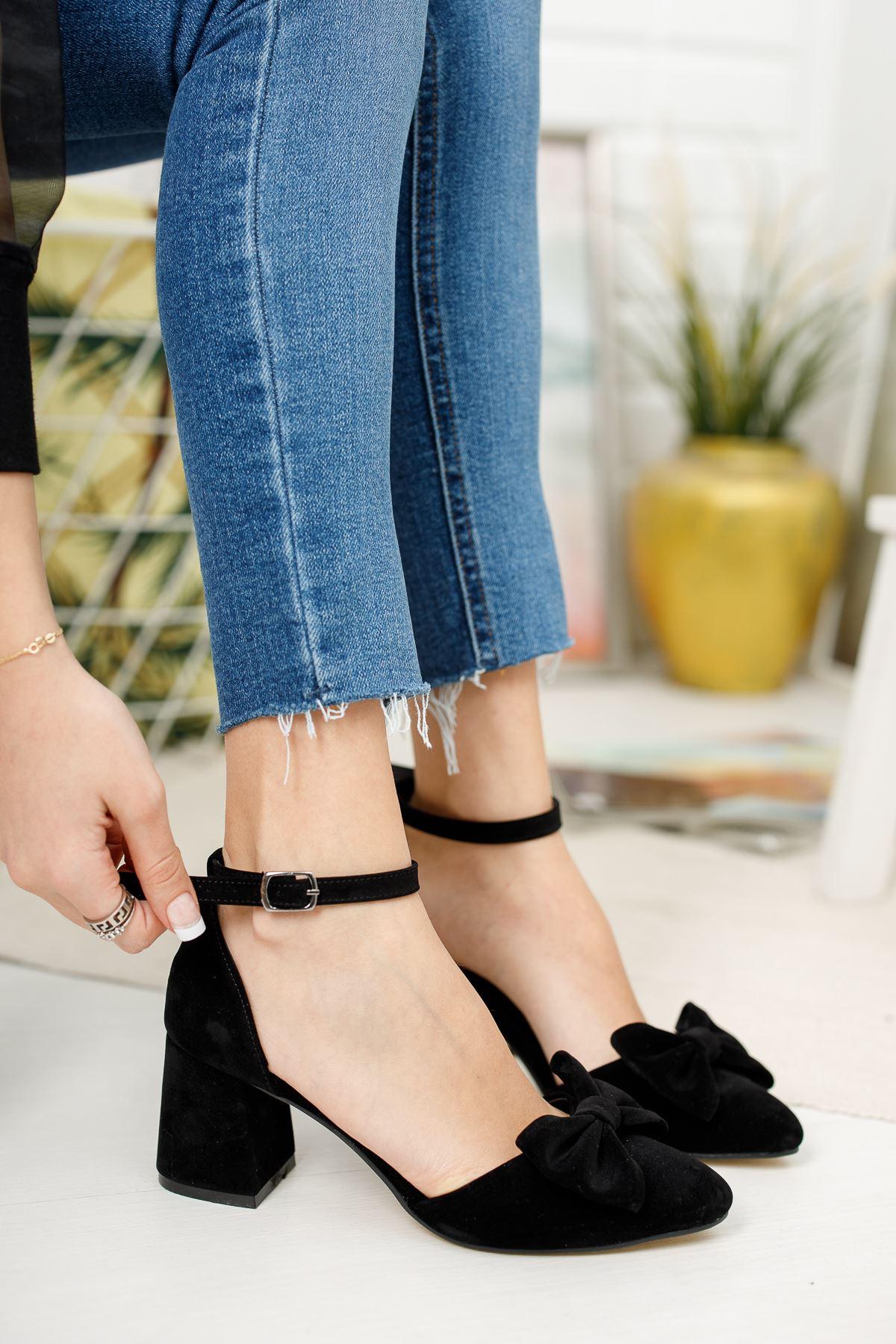 Kadın Verto Papyon Detay  Siyah Süet Topuklu Ayakkabı