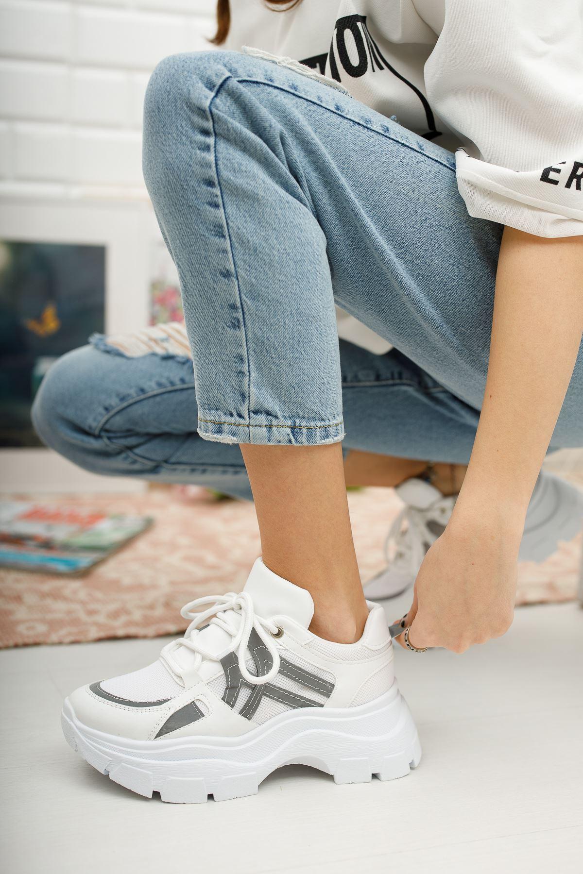 Kadın Venessa Kalın Taban Beyaz Spor Ayakkabı