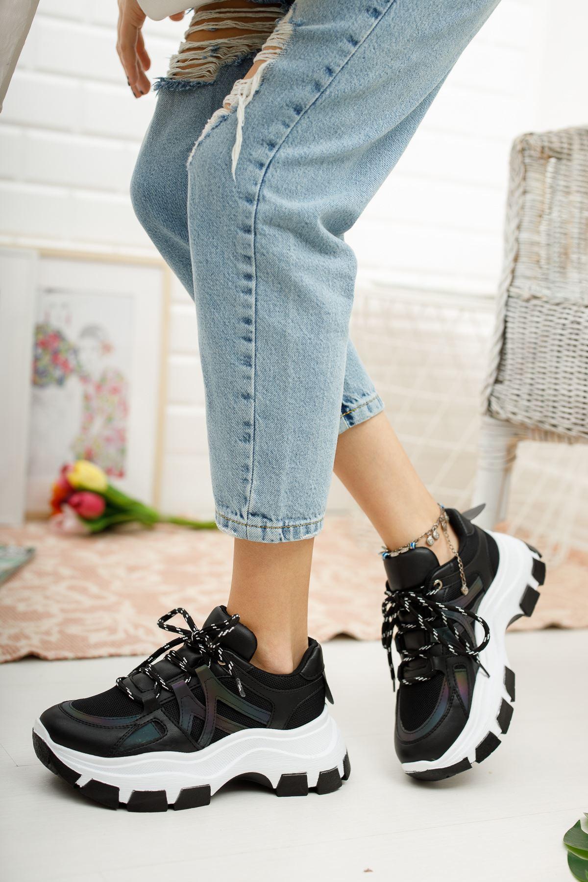 Kadın Venessa Kalın Taban Siyah Spor Ayakkabı