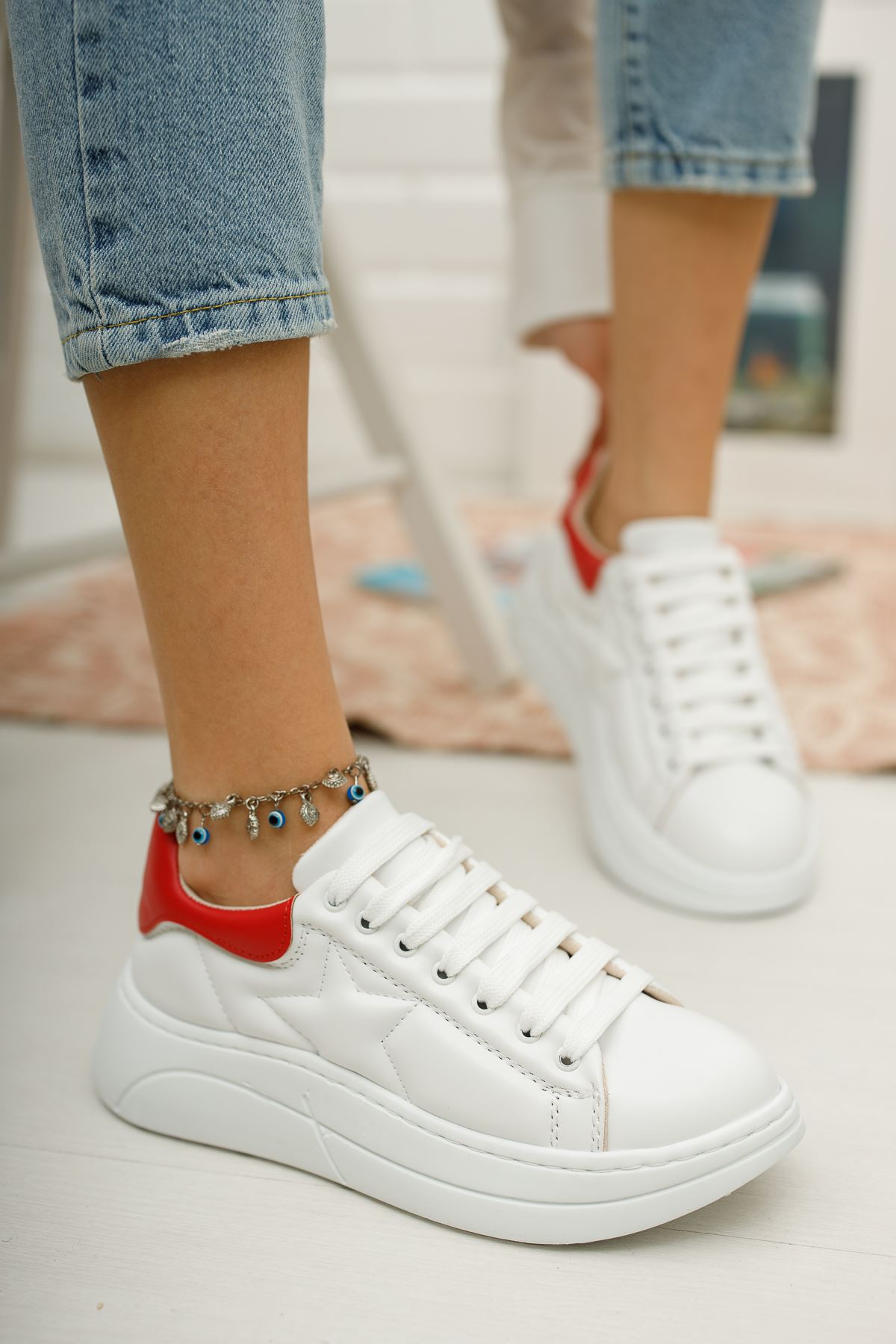 Kadın Nikola Kalın Taban Beyaz Spor Ayakkabı