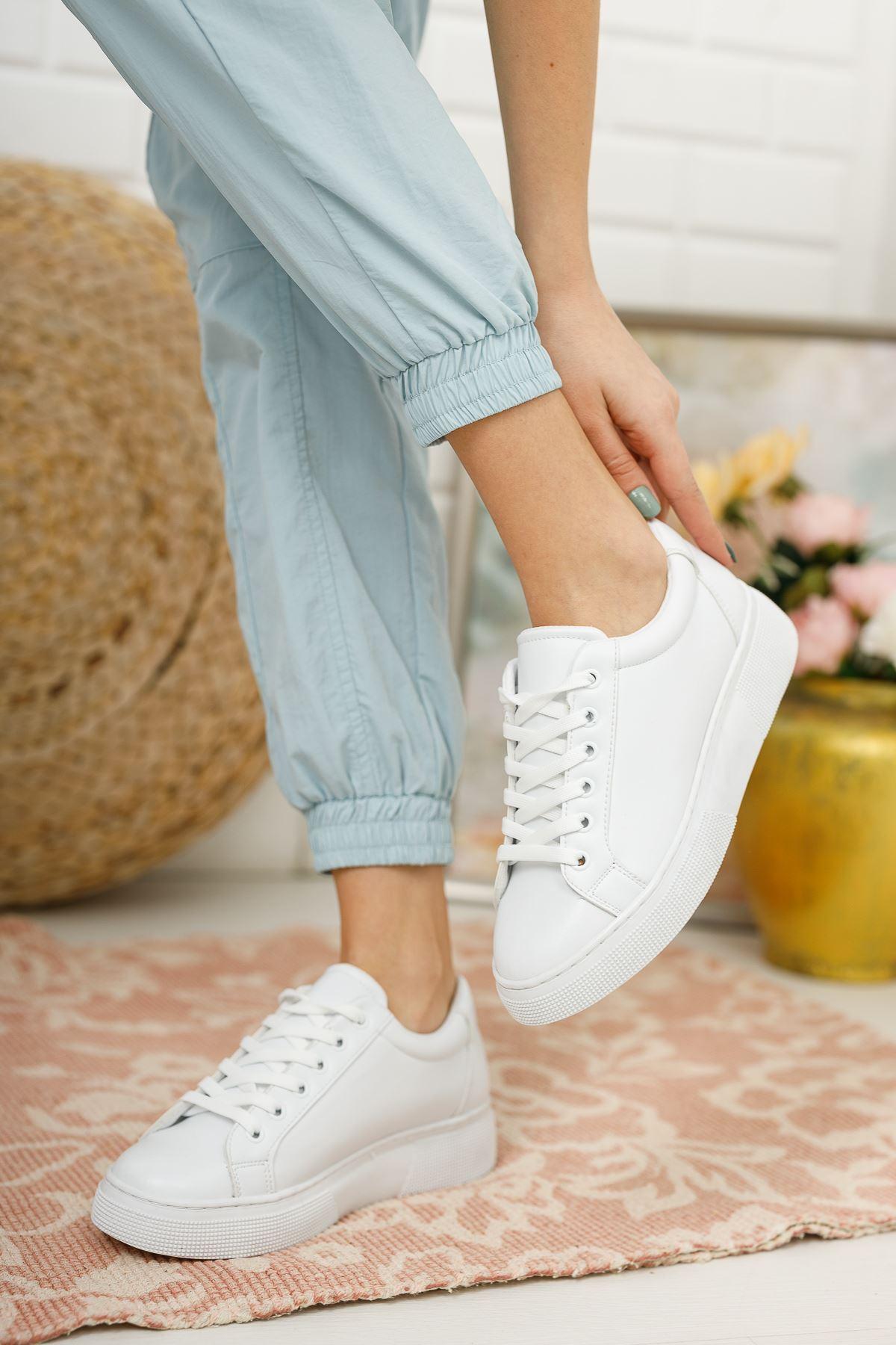 Kadın Ammar Kalın Taban Bağcıklı Beyaz Spor Ayakkabı