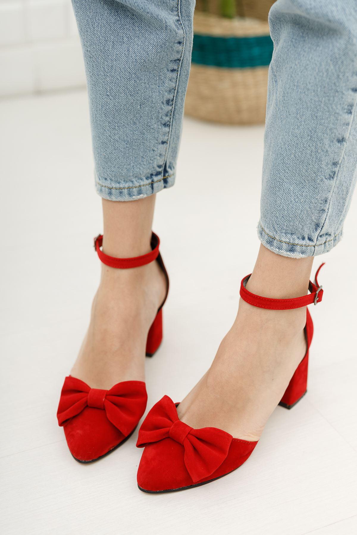 Kadın Verto Papyon Detay  Kırmızı Süet Topuklu Ayakkabı
