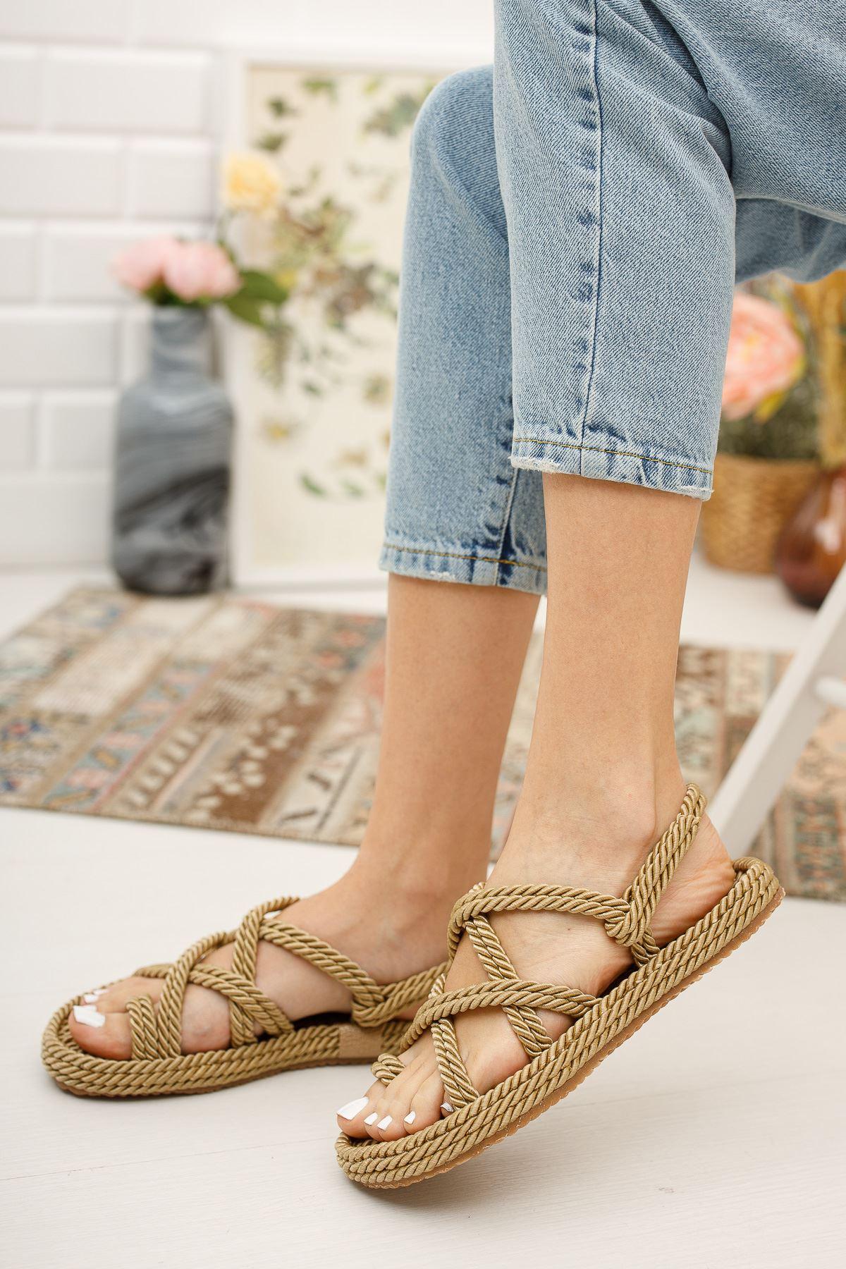 Kadın Sandi Halat Sandalet Altın