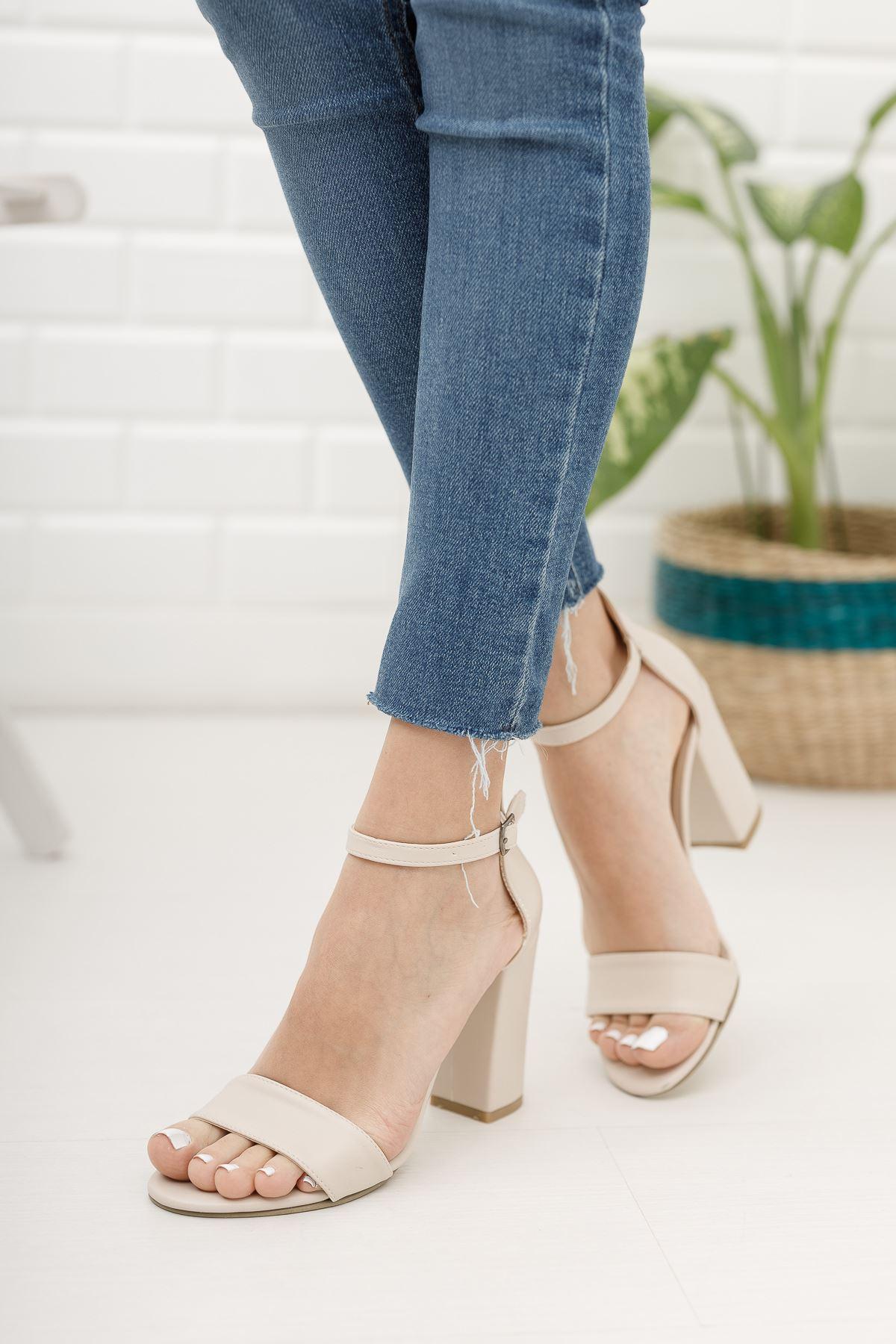 Kadın Perion Mat Deri Ten Topuklu Ayakkabı