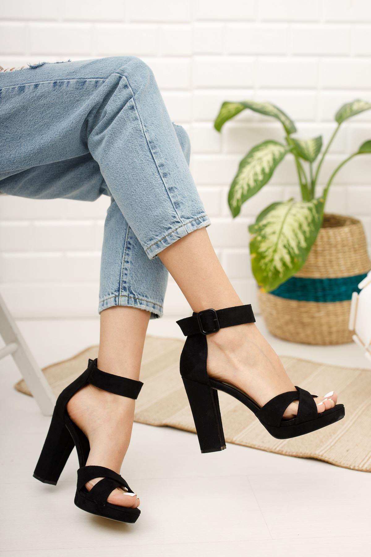 Kadın Loked Yüksek Topuklu Siyah Süet Tek Bant Ayakkabı Çapraz Bantlı